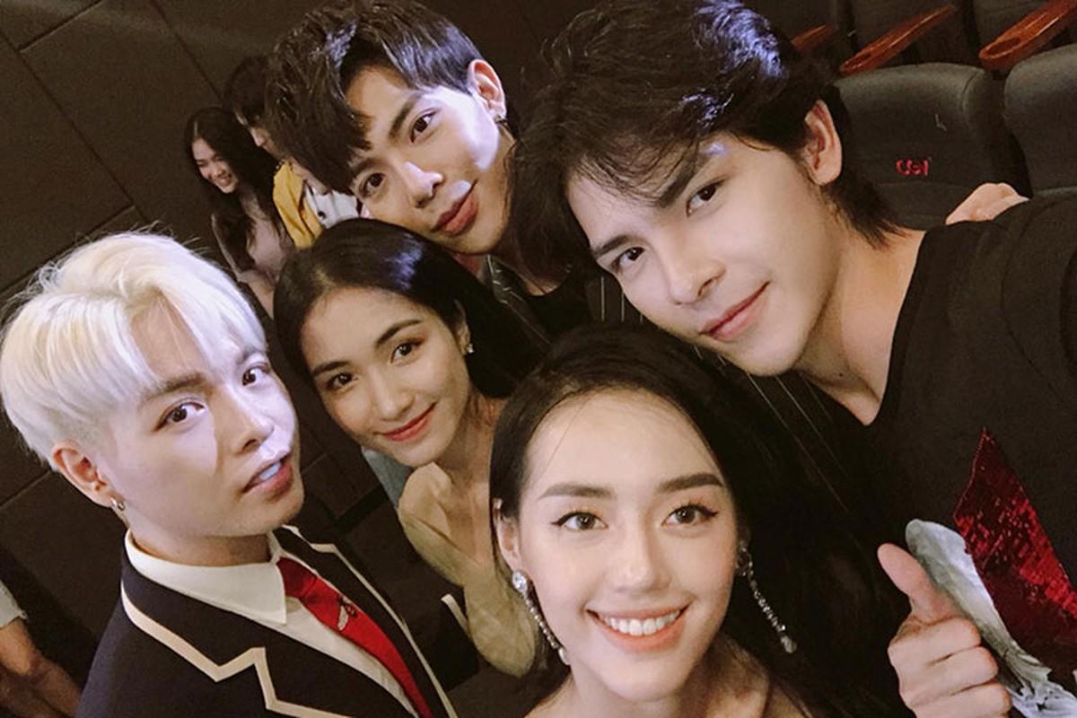 Hot boy dung sau MV gay tranh cai cua Chi Pu la ai?-Hinh-10