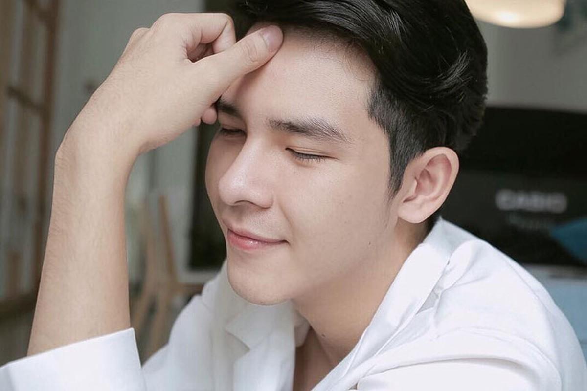 Hot boy dung sau MV gay tranh cai cua Chi Pu la ai?-Hinh-3