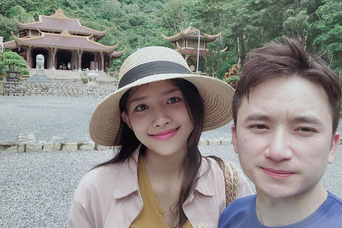 Anh tinh tu cua Phan Manh Quynh ben ban gai hot girl sap cuoi-Hinh-12
