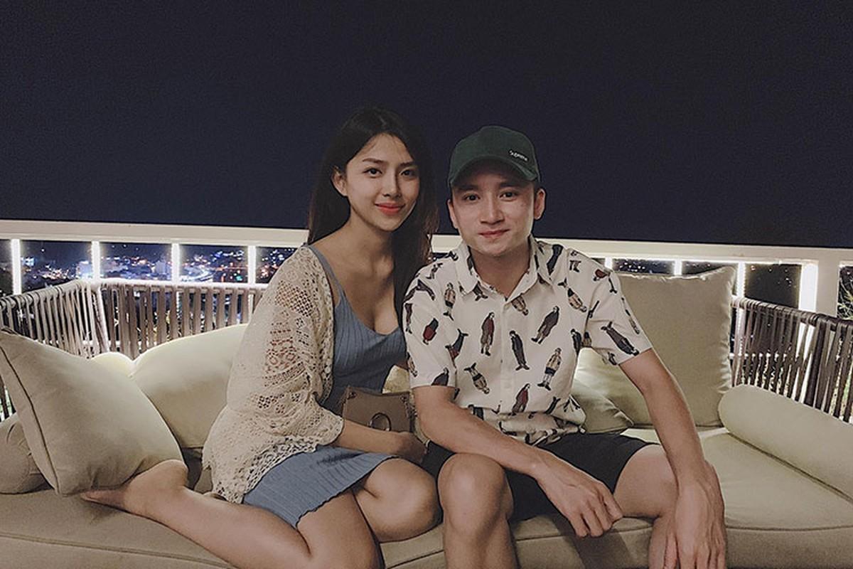 Anh tinh tu cua Phan Manh Quynh ben ban gai hot girl sap cuoi-Hinh-14