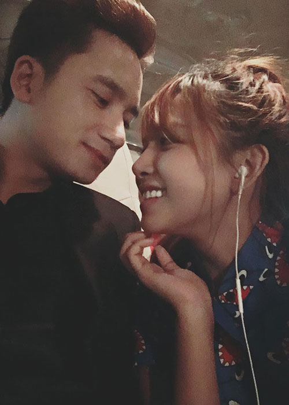 Anh tinh tu cua Phan Manh Quynh ben ban gai hot girl sap cuoi-Hinh-3