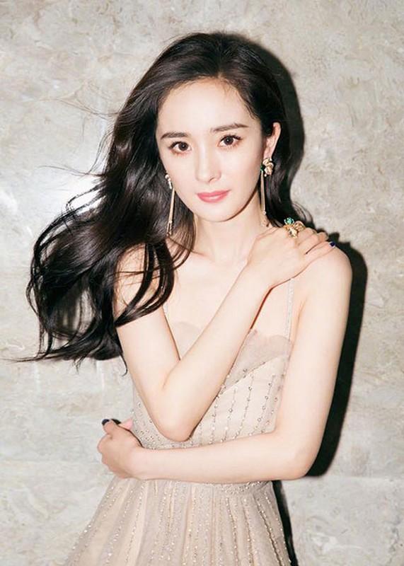 Nhung be boi gay rung dong showbiz Hoa ngu nam 2018-Hinh-6