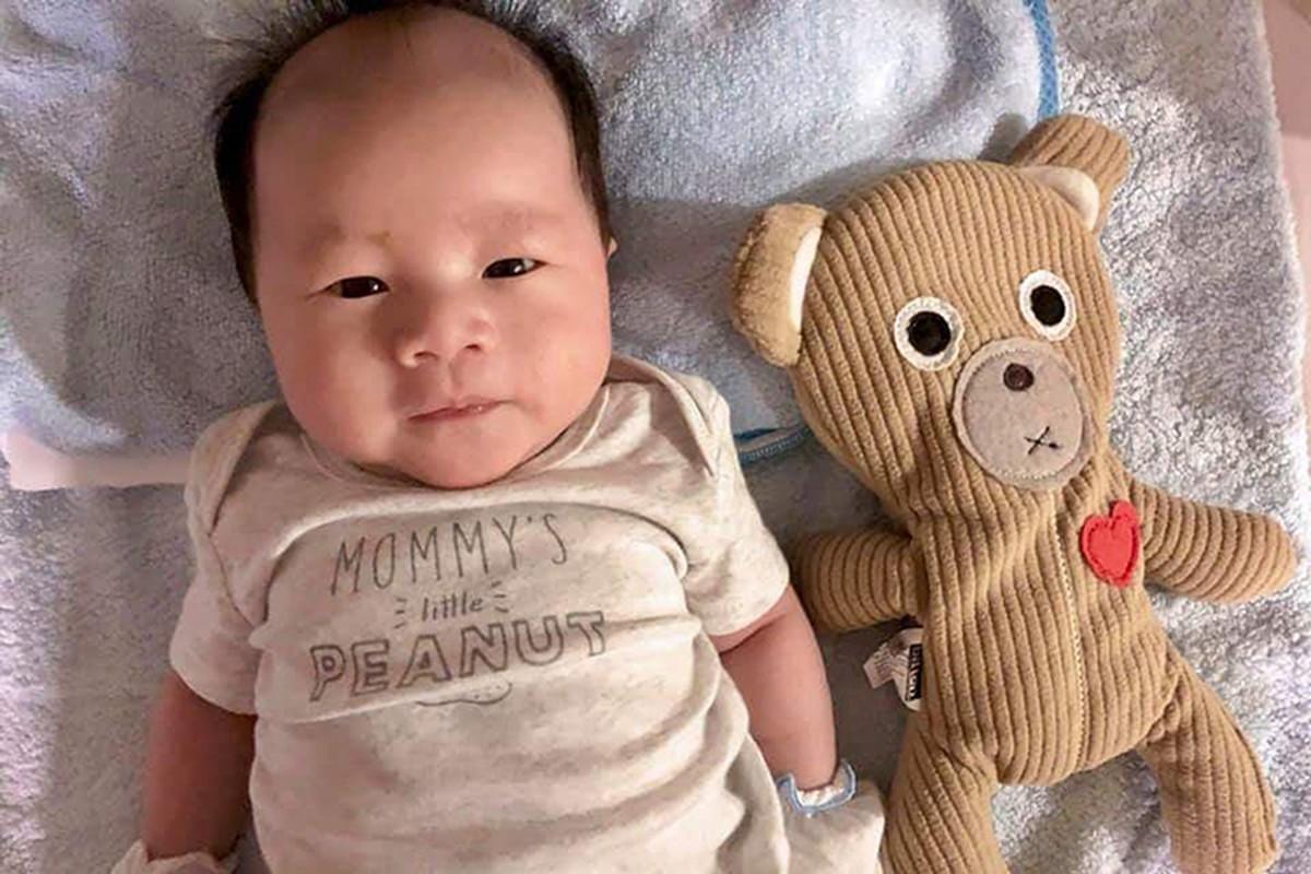 Ngam ve dang yeu vo doi cua con trai Dinh Ngoc Diep - Victor Vu