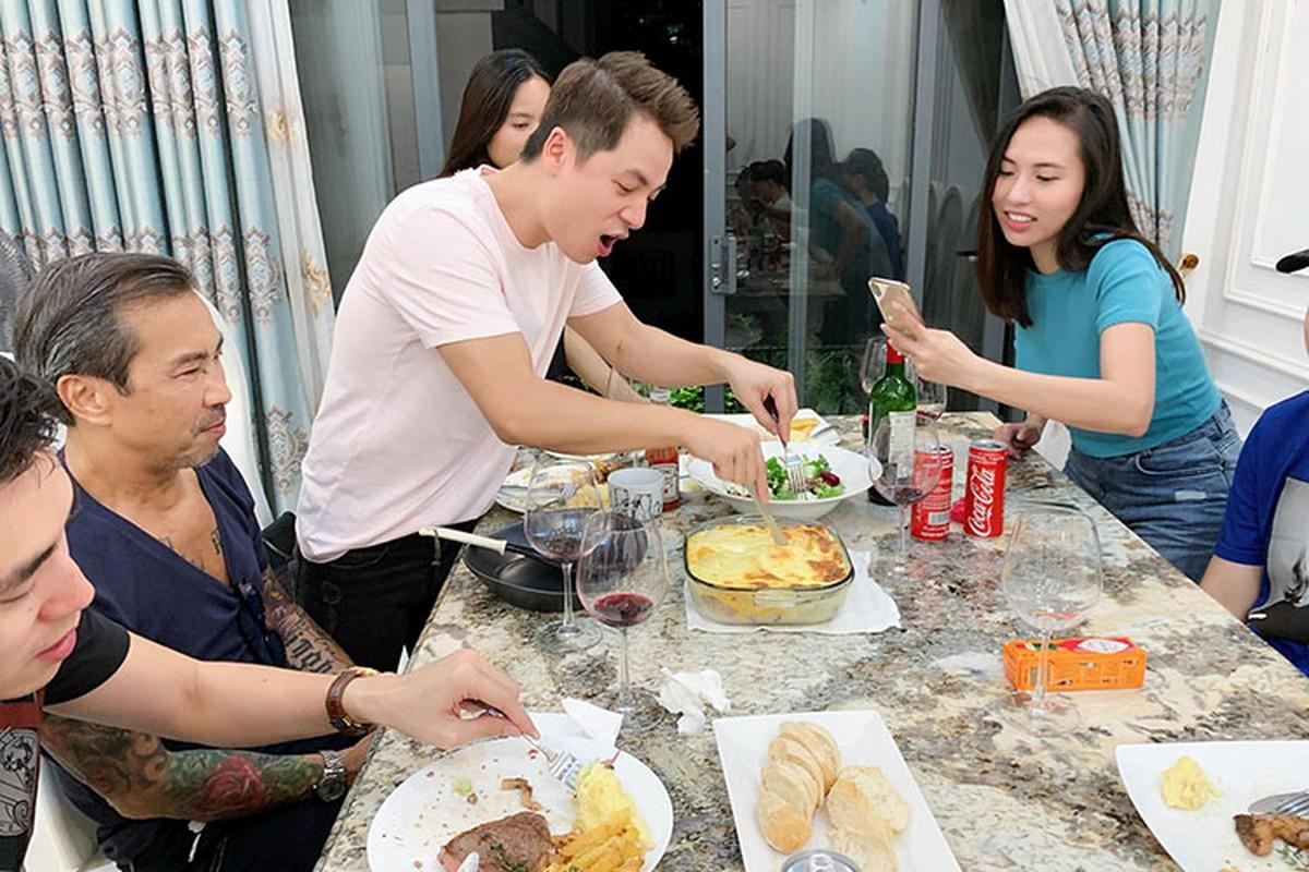 Can canh nhan sac nhu hot girl cua co gai sap lay Le Hieu-Hinh-4