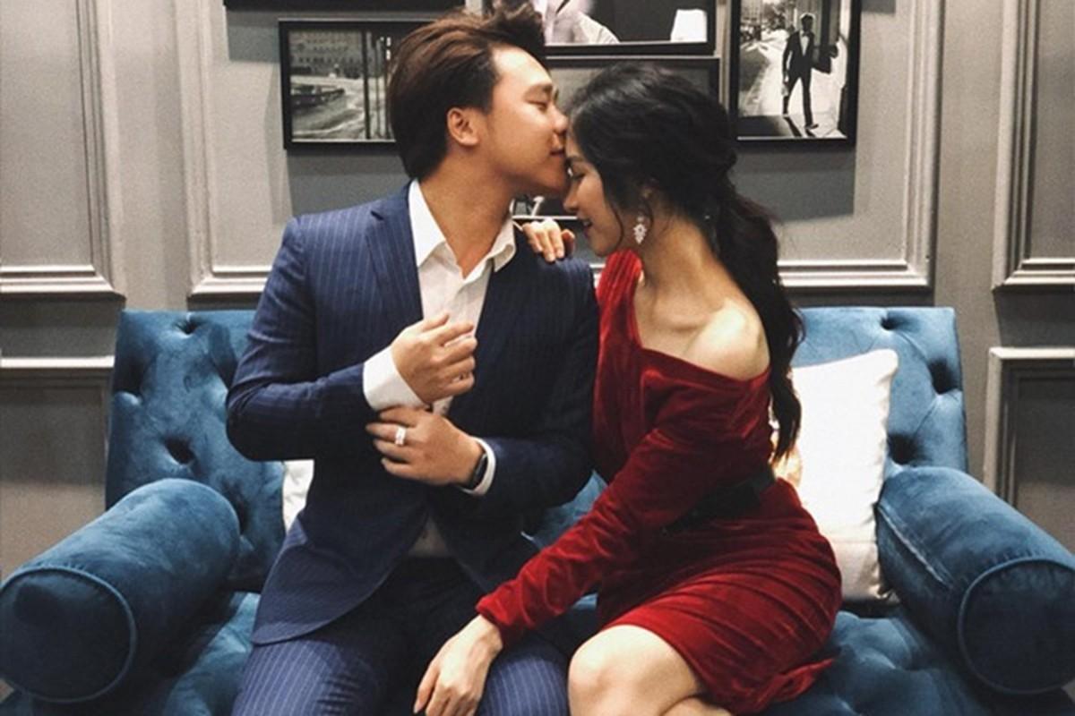 Hoa Minzy vuong scandal dop chat voi fan, ban trai dang o dau?-Hinh-11
