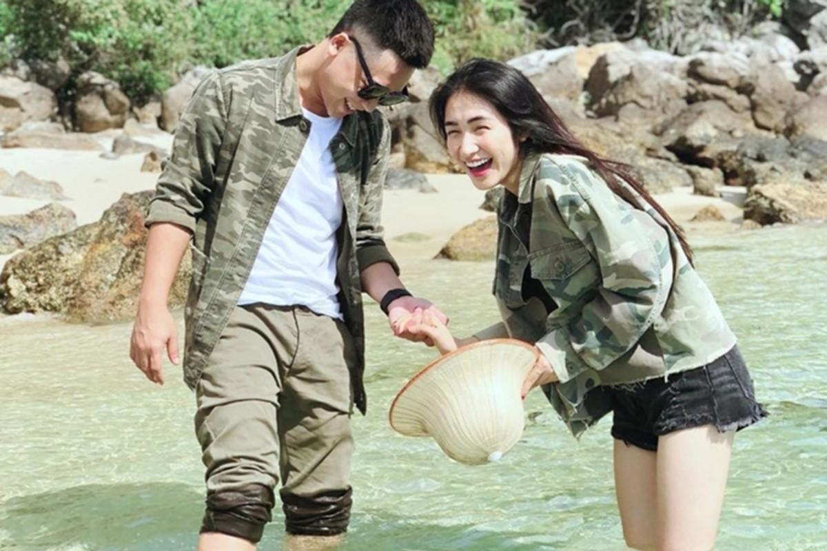 Hoa Minzy vuong scandal dop chat voi fan, ban trai dang o dau?-Hinh-9