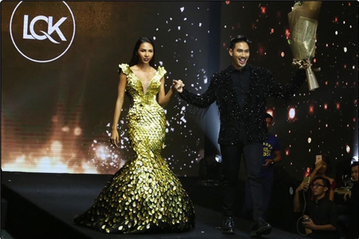 Xuan Lan noi bong gio khong duoc ton trong trong show Ly Qui Khanh