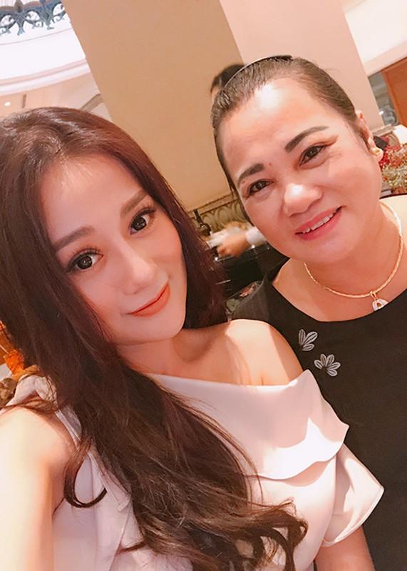 "Hau dao keo, nhan sac Phuong Oanh ""Quynh bup be"" ngay cang len huong-Hinh-15"