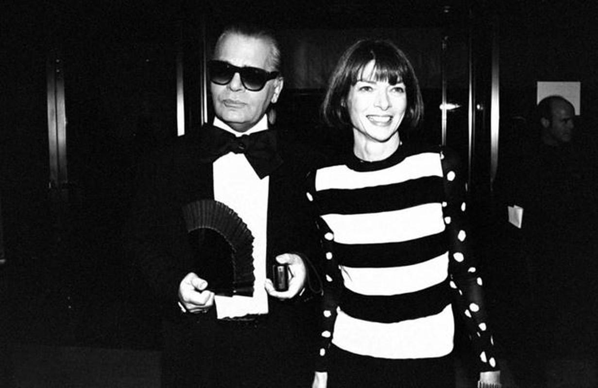 Nhin lai su nghiep lung lay cua huyen thoai thoi trang Karl Lagerfeld-Hinh-11