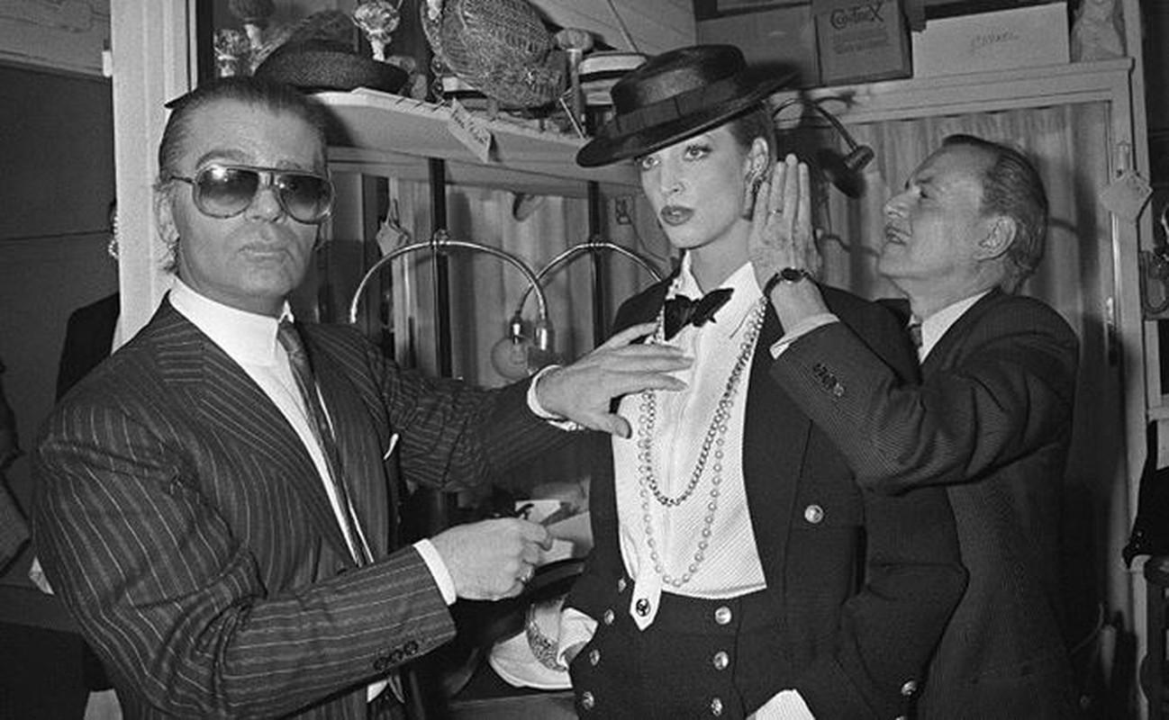 Nhin lai su nghiep lung lay cua huyen thoai thoi trang Karl Lagerfeld-Hinh-7
