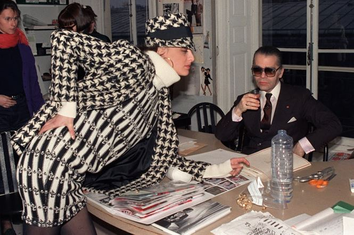 Nhin lai su nghiep lung lay cua huyen thoai thoi trang Karl Lagerfeld-Hinh-9