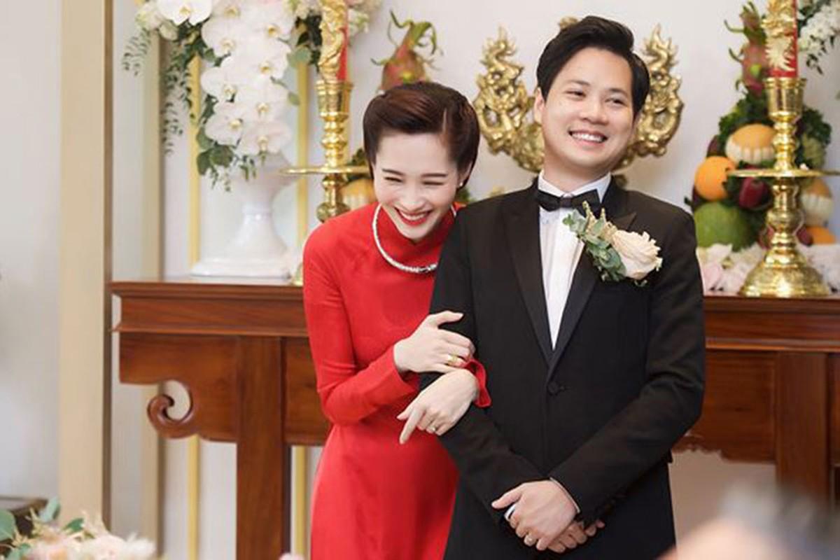 """Dang Thu Thao chang can hon cung """"gong"""" ong xa doanh nhan-Hinh-10"""