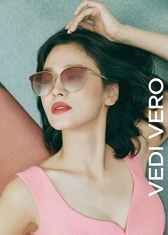 Loat anh khien Song Joong Ki tiec hui hui neu ly hon Song Hye Kyo-Hinh-3