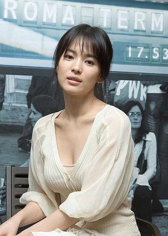 Loat anh khien Song Joong Ki tiec hui hui neu ly hon Song Hye Kyo-Hinh-8