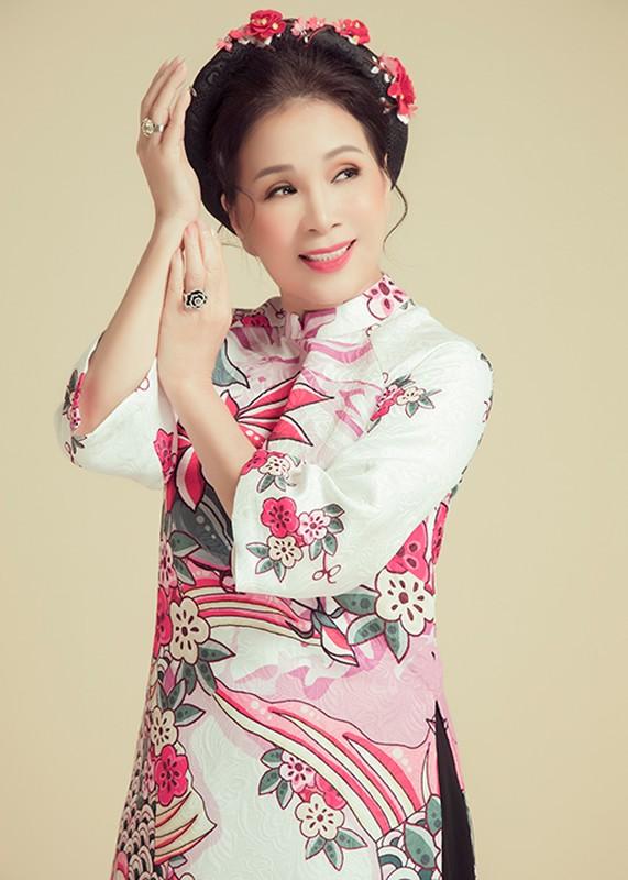 Nghe si quen mat tren man anh Kim Xuan tre trung o tuoi 63-Hinh-14