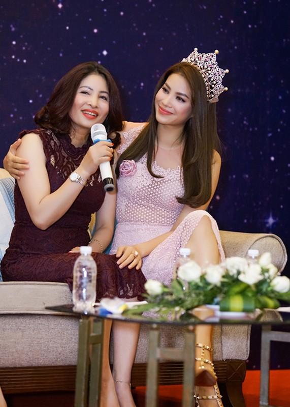 Chan dung nguoi phu nu khong roi Pham Huong nua buoc-Hinh-2