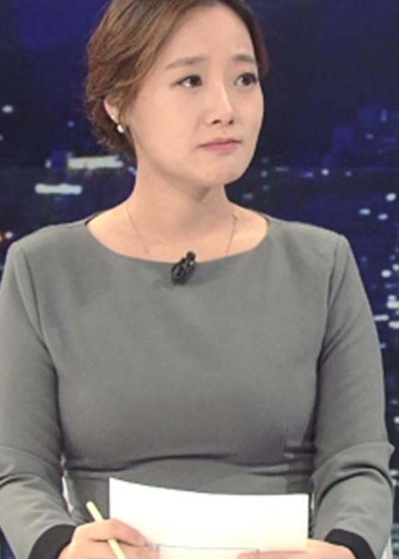 Chan dung co gai khui scandal moi gioi mai dam cua Seungri-Hinh-5