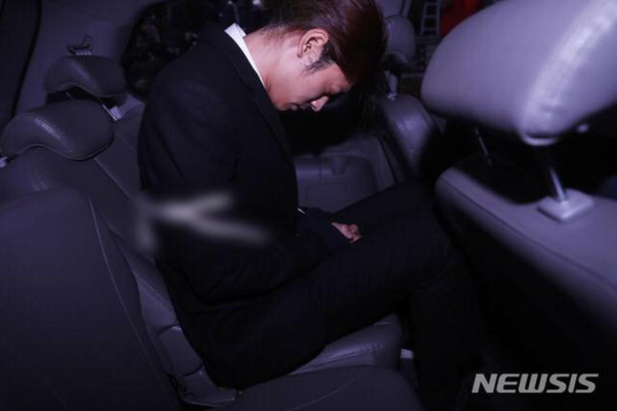 Ban than bi bat giam, Seungri thua nhan cao buoc nay-Hinh-8