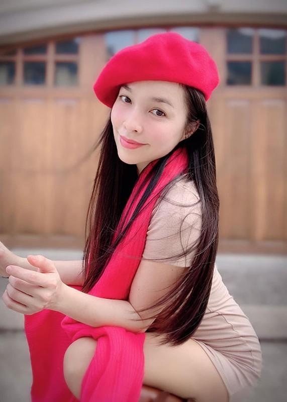 Hau on ao dang anh lay tay che nguc, Hien Thuc gio ra sao?-Hinh-8