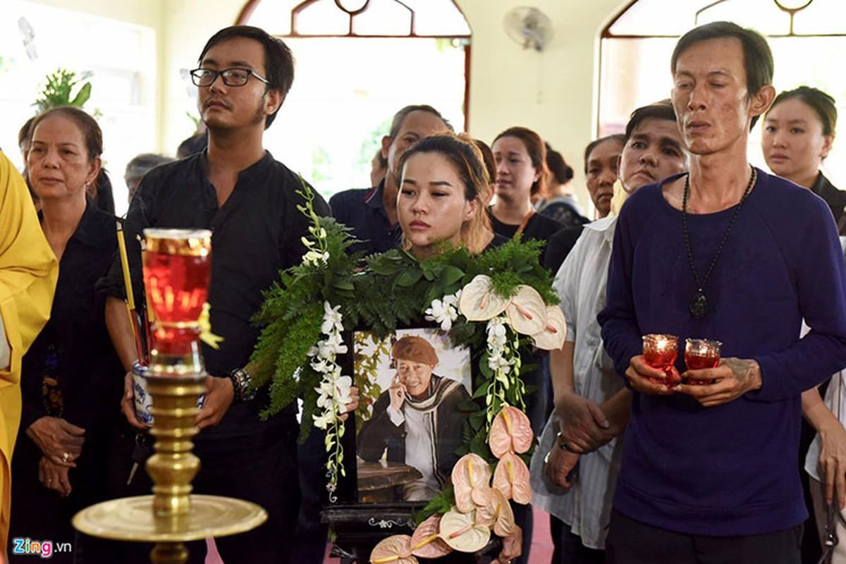 Thuy Hanh, My Uyen khoc sung mat vieng nghe si Le Binh-Hinh-8