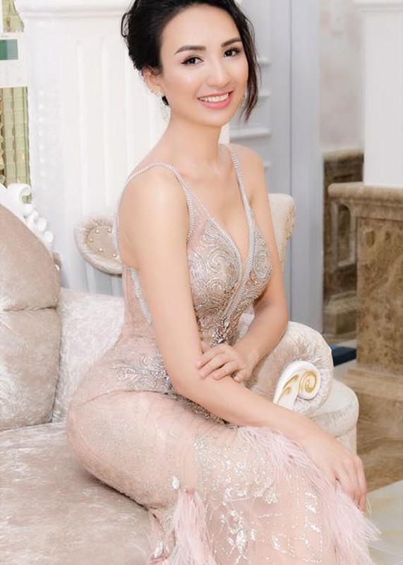 Quyen Linh va loat sao Viet hien tang: Lan toa nghia cu cao dep-Hinh-3