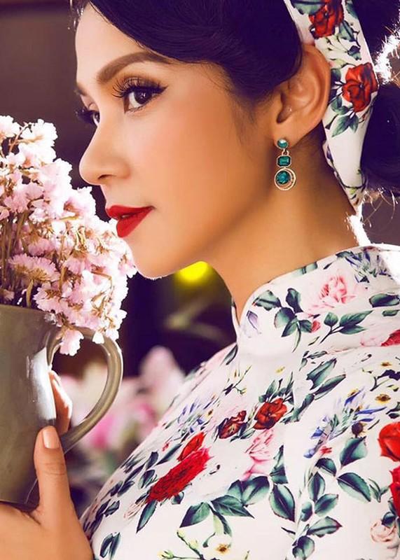 Quyen Linh va loat sao Viet hien tang: Lan toa nghia cu cao dep-Hinh-6