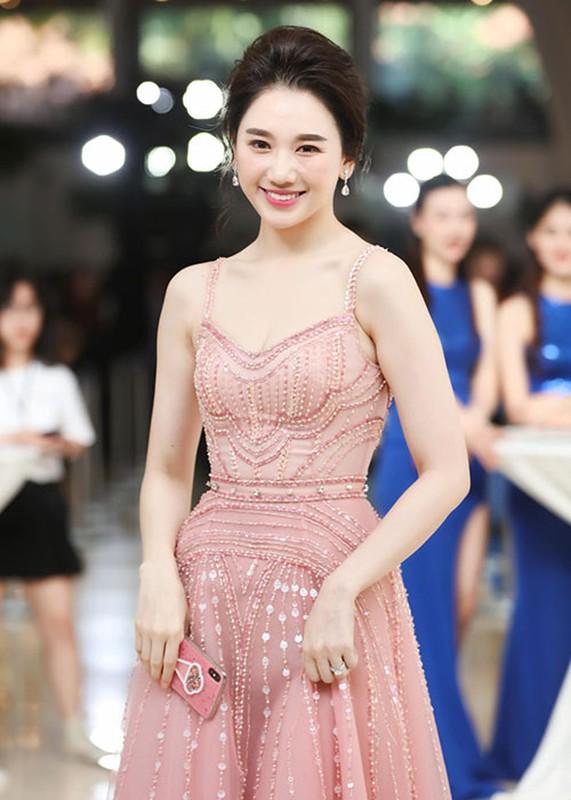 Quyen Linh va loat sao Viet hien tang: Lan toa nghia cu cao dep-Hinh-8
