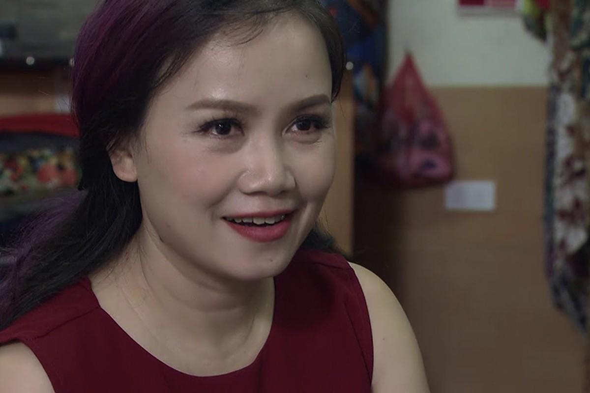 """Chan dung nguoi chong thu 4 cua """"co Xuyen"""" phim """"Ve nha di con"""""""