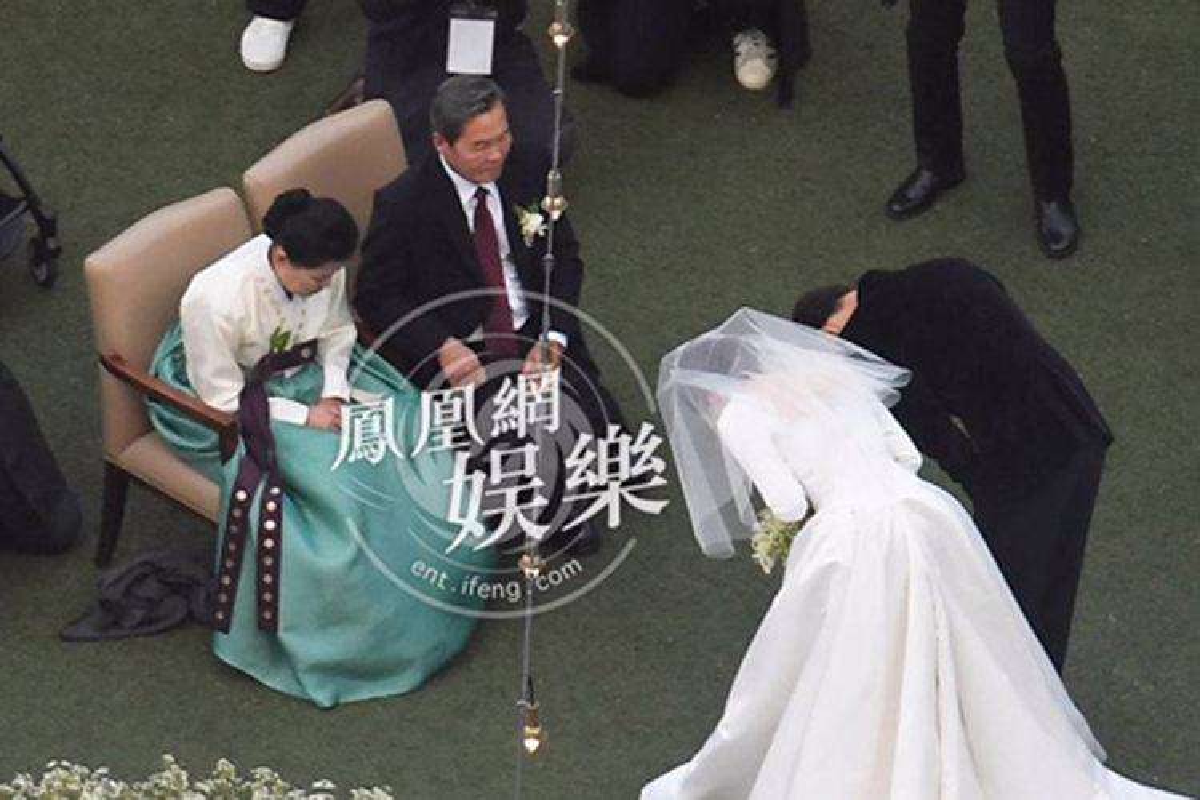 Song Hye Kyo khong du sinh nhat me chong giua lum xum ly hon?-Hinh-7