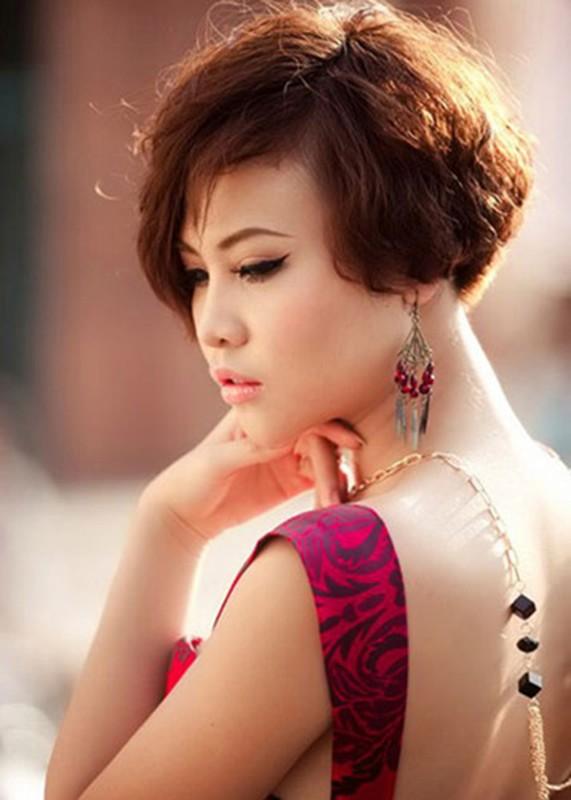 """Dam Thu Trang: Tu """"gai que"""" den hon the dai gia pho nui-Hinh-7"""