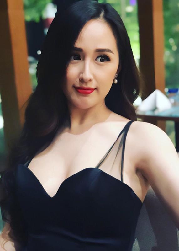 """Mai Phuong Thuy goi cam, khien fan nam """"mat an mat ngu""""-Hinh-10"""