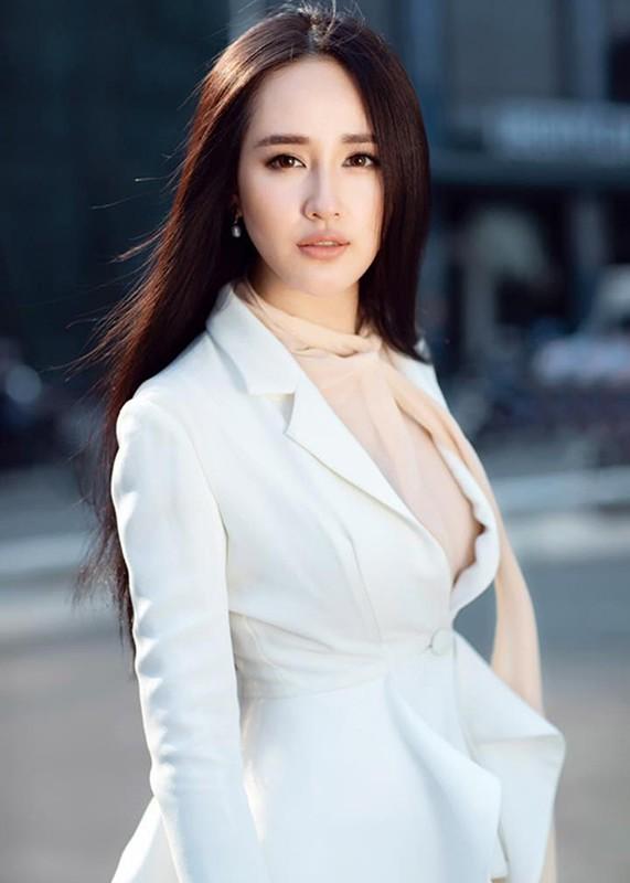 """Mai Phuong Thuy goi cam, khien fan nam """"mat an mat ngu""""-Hinh-14"""