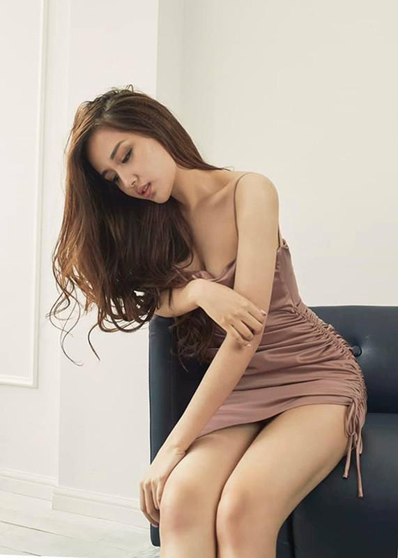 """Mai Phuong Thuy goi cam, khien fan nam """"mat an mat ngu""""-Hinh-5"""