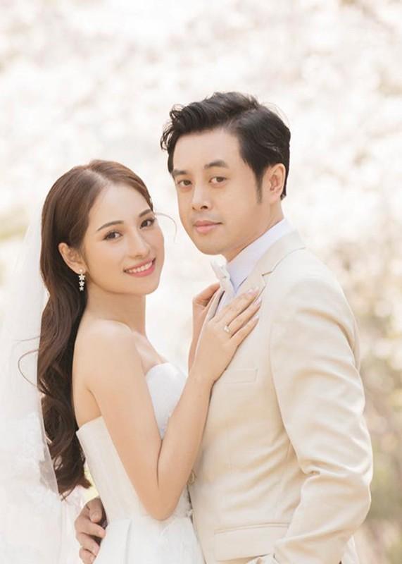 Duong Khac Linh tung yeu ai truoc khi cuoi Ngoc Duyen Sara?