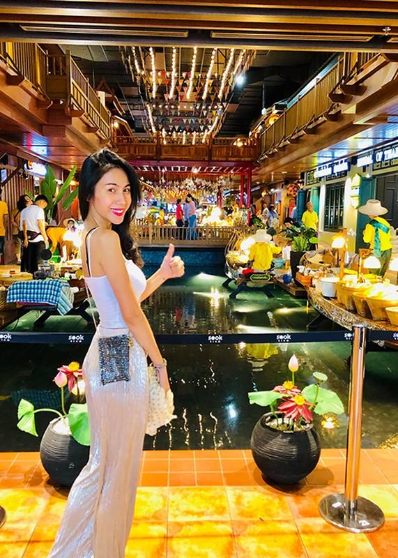 Giat minh than hinh gay go du vong mot day da cua Thuy Tien-Hinh-13