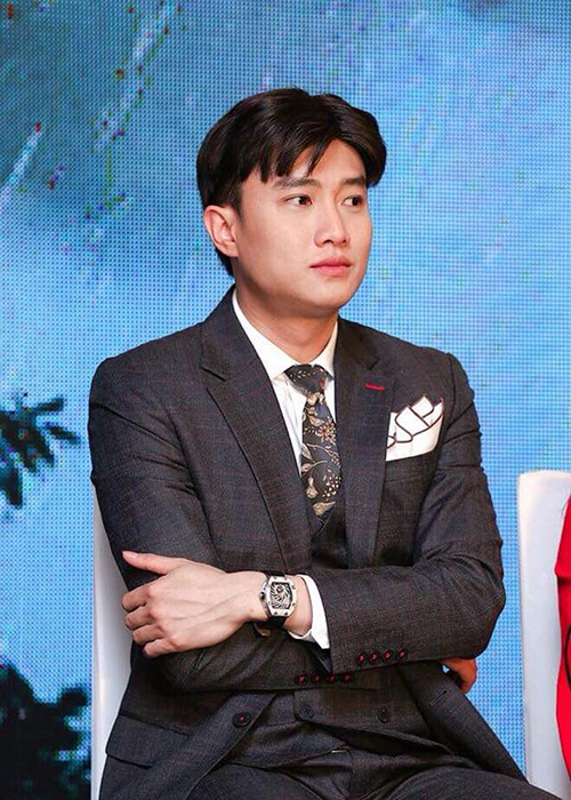 Quoc Truong dien trai, giau co, bao sao fan nu phat cuong-Hinh-11