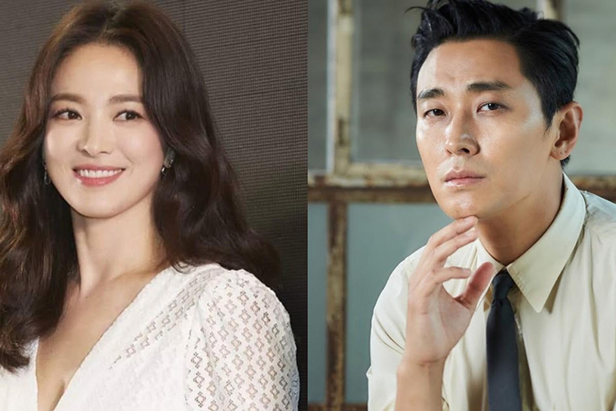 "Song Hye Kyo ""cap ke"" voi ai sau on ao hon nhan?-Hinh-2"