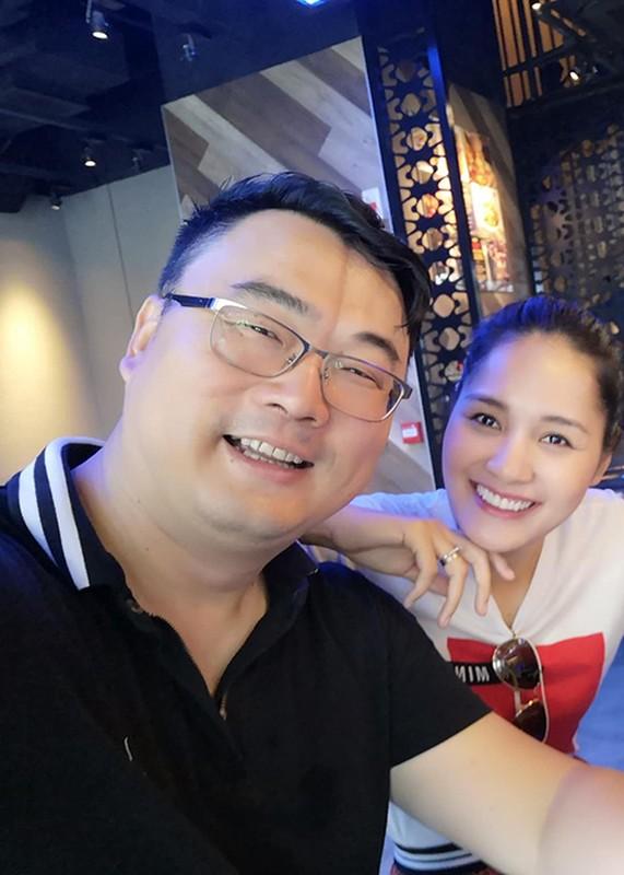 Hot Face sao Viet 24h: Hoang Anh tich cuc ban hang online o My-Hinh-4