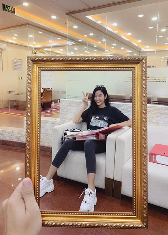 Hot Face sao Viet 24h: Hoang Anh tich cuc ban hang online o My-Hinh-5