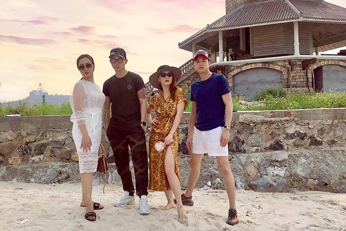 Hot Face sao Viet 24h: Hoang Anh tich cuc ban hang online o My-Hinh-8