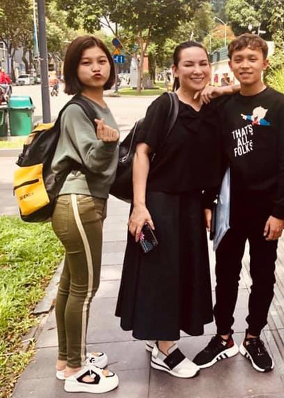 Hot Face sao Viet 24h: Ho Van Cuong lon bong, dien trai gay bat ngo
