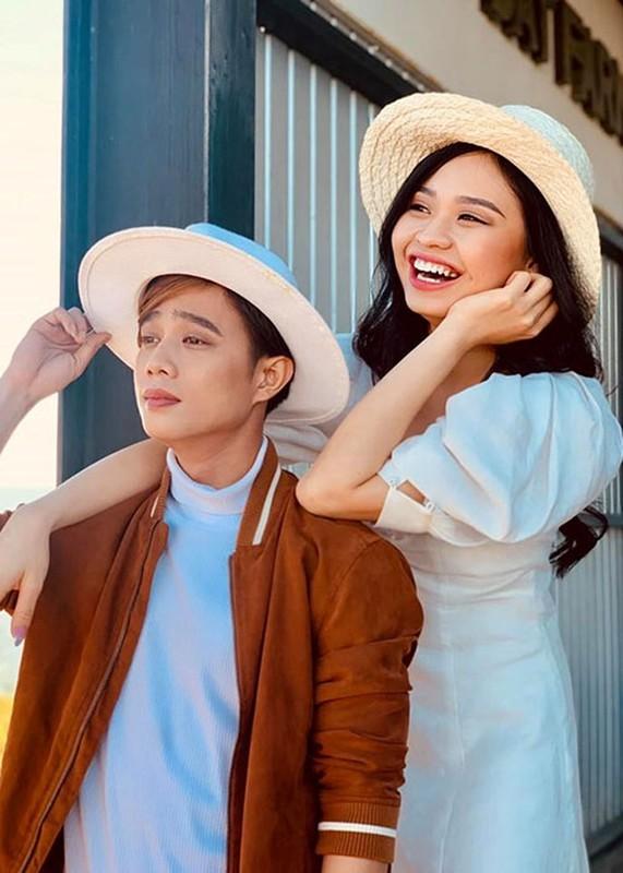 Chang trai bi Le Loc tu choi phu phang tren song la ai?-Hinh-3