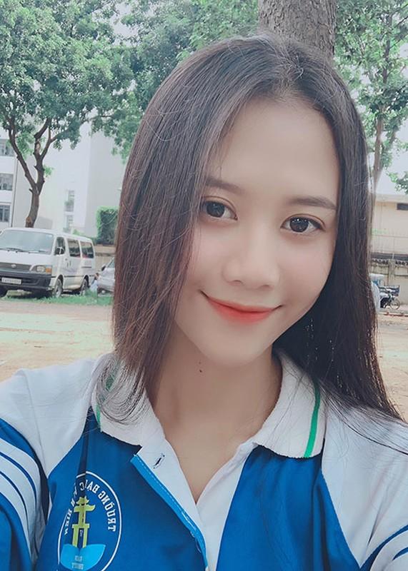 Do sac dan my nhan sinh nam 2000 lot chung ket Miss World Viet Nam