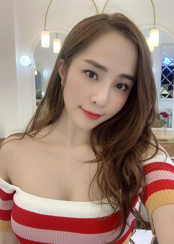 "Do ve goi cam cua Bao Thanh va ""tinh dich"" Quynh Nga"