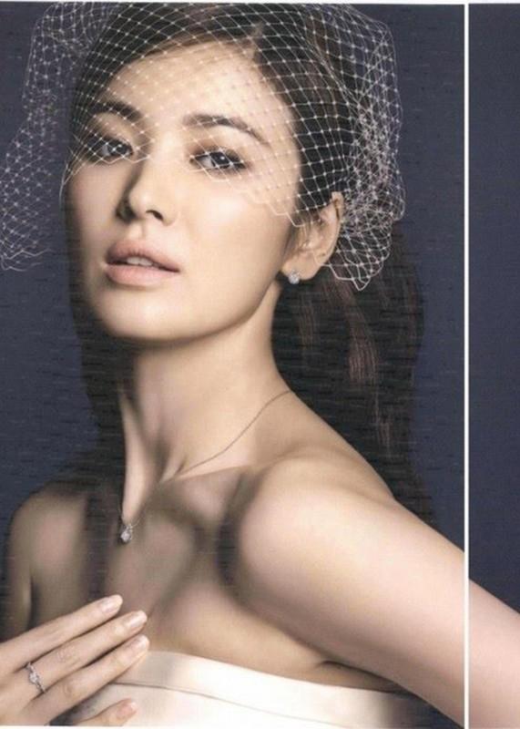 Song Hye Kyo goi cam the nay van khong giu chan duoc Song Joong Ki-Hinh-13