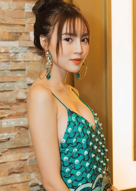 Ninh Duong Lan Ngoc mac ho bao khoe dang nuot-Hinh-14