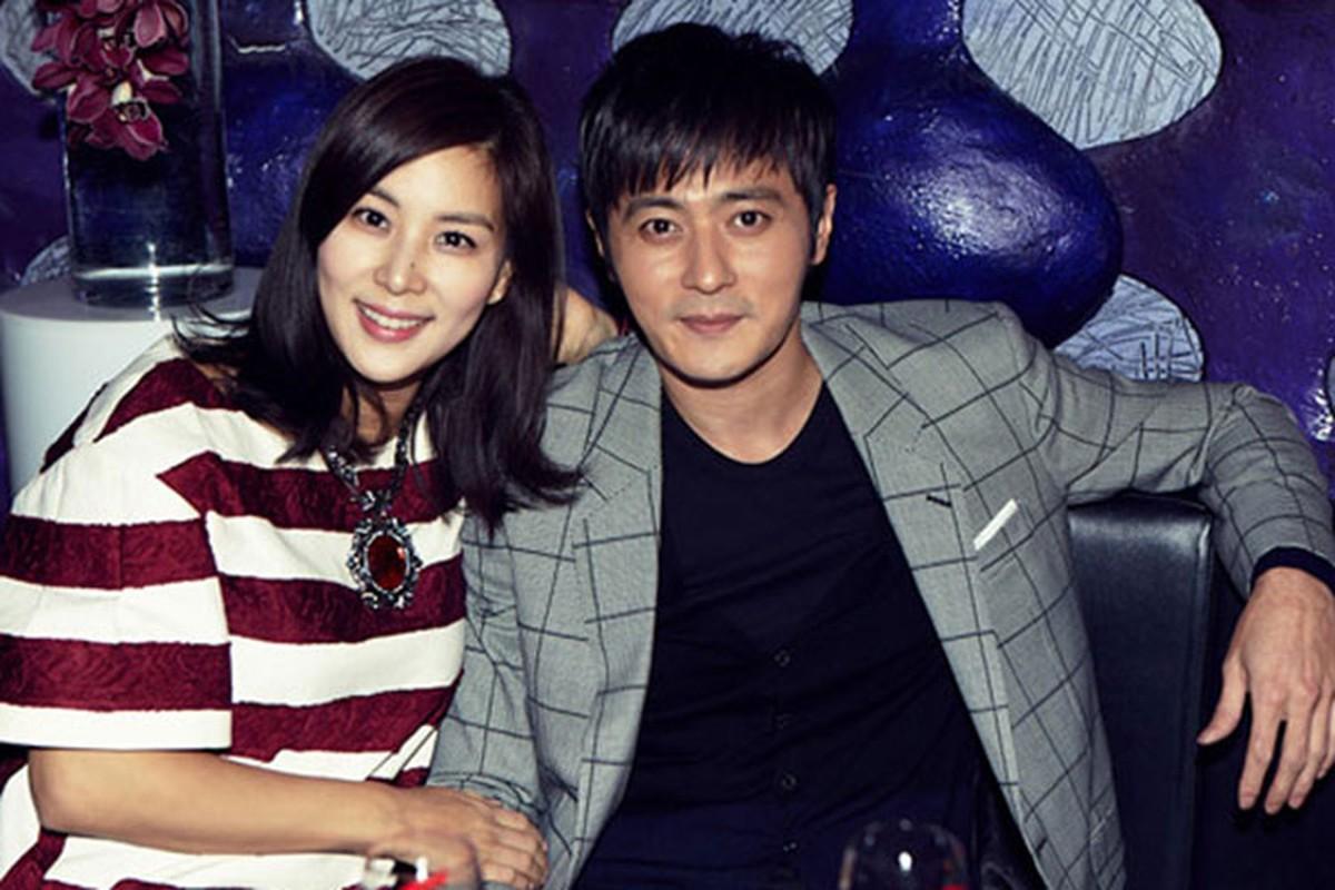 Soi hon nhan cua vo chong Jang Dong Gun sau dam cuoi trieu do-Hinh-7