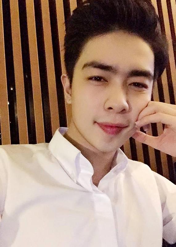 Chong Thu Thuy bi to