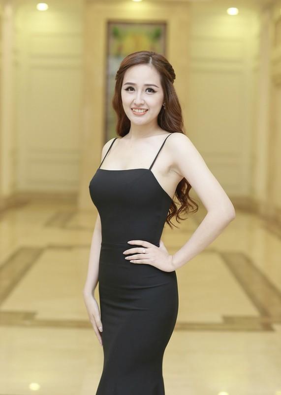 Sau on ao, Mai Phuong Thuy lai dien vay goi cam-Hinh-7