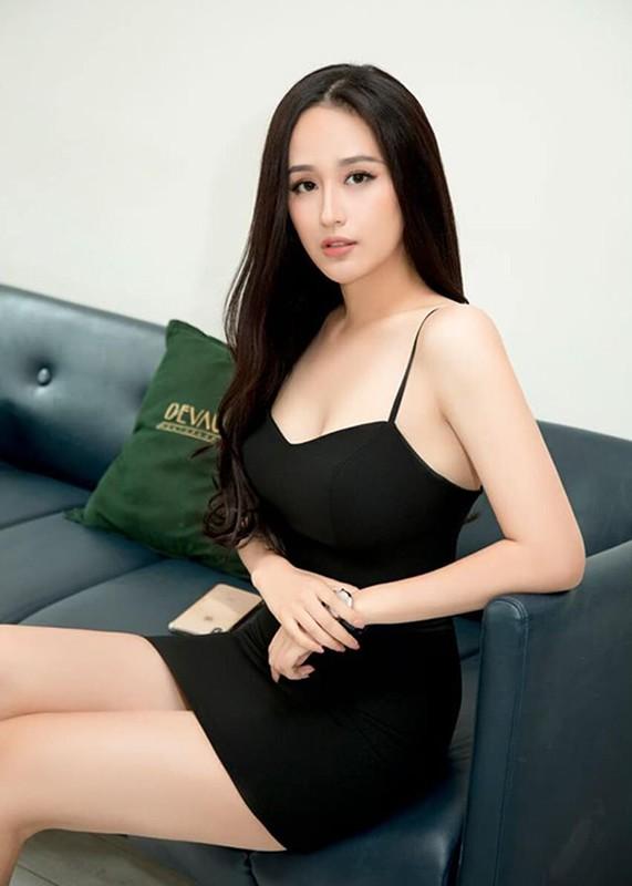 Sau on ao, Mai Phuong Thuy lai dien vay goi cam-Hinh-8